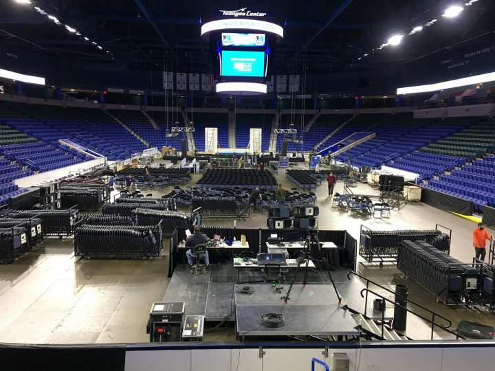 Oprah-umass-lowell-stage-set-experiential-production